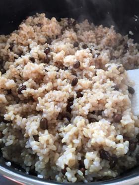 【黒千石大豆(黒豆)の玄米ご飯】