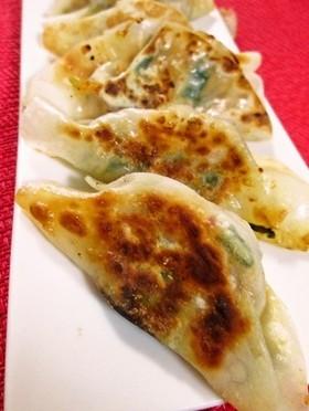 手軽で美味☆我が家のニラキムチ餃子
