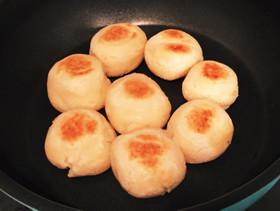 発酵なし!フライパンでモッチリパン♡