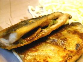 酢っぱ美味い☆秋刀魚の梅しそはさみ焼き