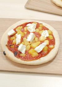 グァバとパイナップルのデザートピザ