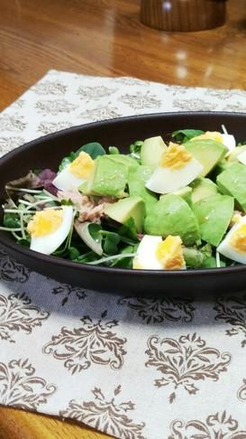 アボカドの生姜ぽん酢がけ和風サラダ