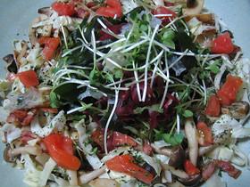きのこと海草のサラダ