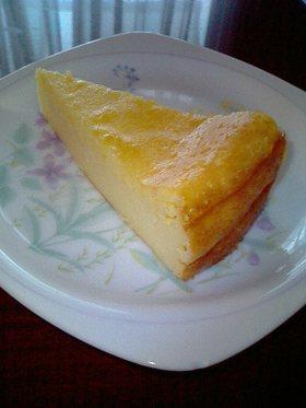 混ぜて焼くだけ簡単チーズケーキ