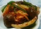 お弁当用焼そば麺でミートボールナポリタン