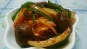 お弁当用焼そば麺でミートボールナポリタンの写真