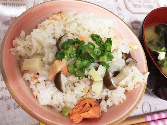冷凍 鮭 炊き込み ご飯