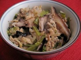 アサリと白魚と椎茸のあっさり炊き込みご飯
