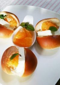 白あんパンでクリチーオレンジサンド♪