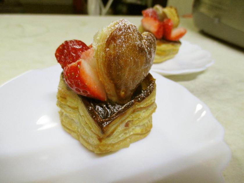 バレンタインにチョコとイチゴのハートパイ