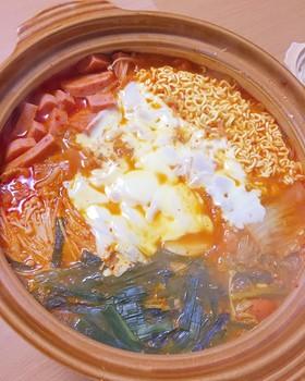 辛旨♡韓国のお鍋プデチゲ(部隊チゲ)