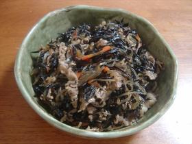 ひじきと豚肉の春雨の炒り煮
