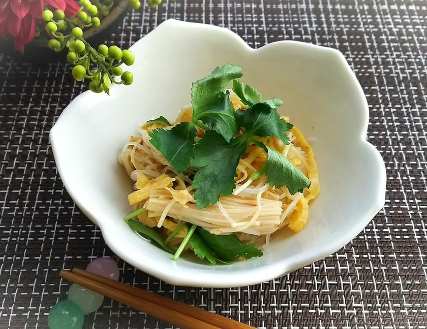 榎茸と卵とビーフンの和風サラダ