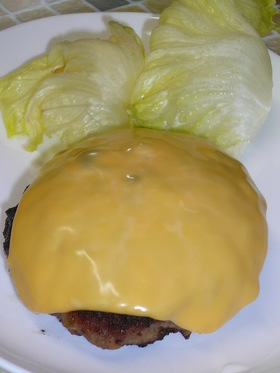 Wチーズハンバーグ