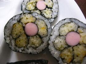 お花の巻き寿司(キャラ弁)