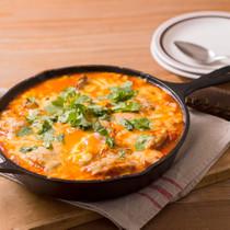 チキンソテーと卵のトマト煮