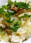 鯖の味噌煮缶で炊き込みご飯