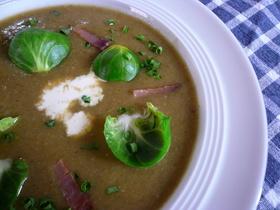 秋の味覚♪ドイツの芽キャベツスープ
