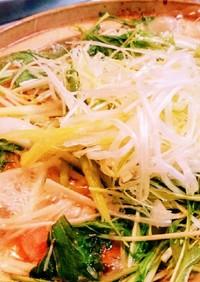 ☆鍋パ・簡単☆野菜たっぷり!濃厚鶏味噌鍋