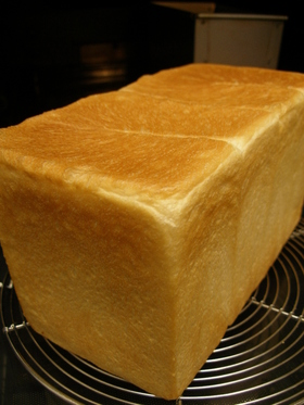 ミルク角食パン