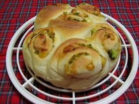 基本のパン生地で味噌マヨチーズちぎりパン