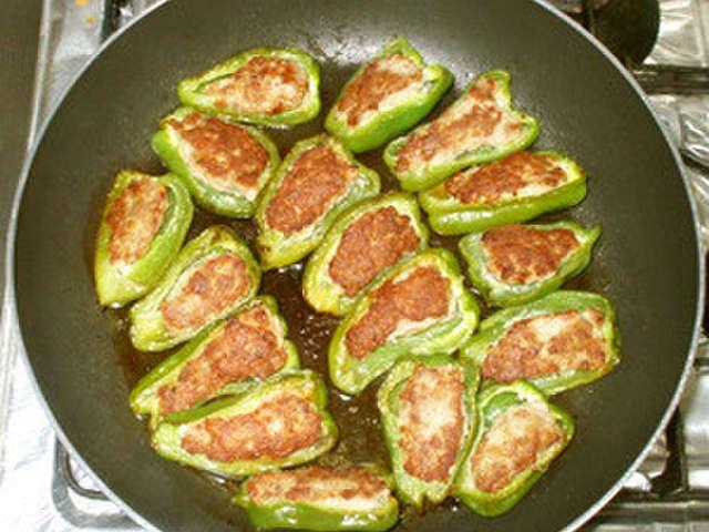 ピーマン の 肉 詰め レシピ