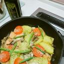 フライパン1つ~塩鮭と野菜のミルク煮