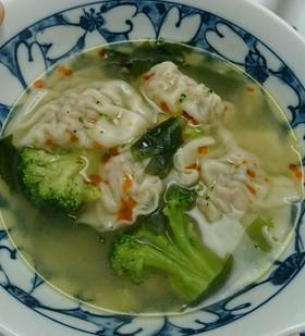二日酔いの朝にやさしい、水餃子スープ!