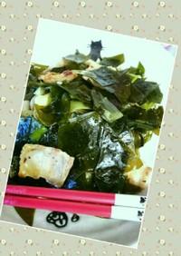 塩蔵昆布(若しくはわかめ)の豚バラ炒め