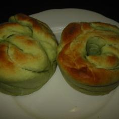 落雁で作るメロン風味パン