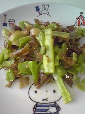 ブロッコリーの茎とザーサイの炒めもの