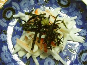千切り長芋とカニ風味かまぼこのわさび醤油