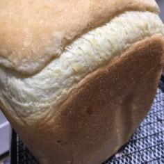 バターと卵なしでふわふわ素朴な食パン♪