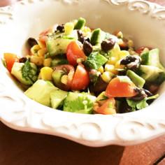 ♡具だくさん♡彩り栄養満点 お豆サラダ