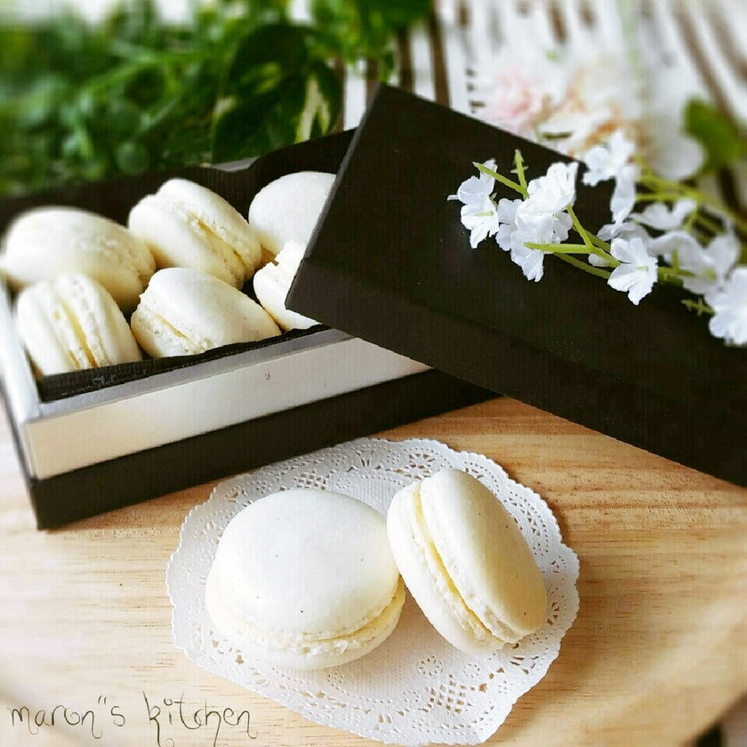 バニラチーズクリームの♥ホワイトマカロン