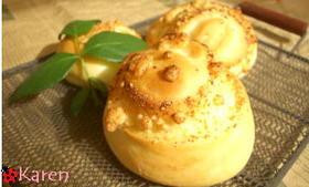 おいしい♪パルメザンチーズクラムパン