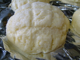 *自家製メロン酵母のメロンパン
