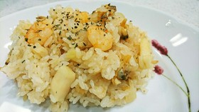 絶品!!炊飯器で作る☆シーフードピラフ☆