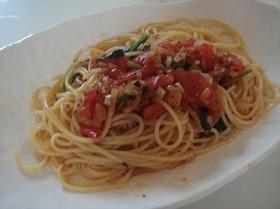 トマトでパスタ