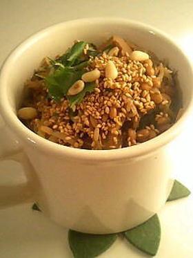 納豆チゲ風蕎麦