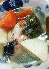 圧力鍋で調味料は塩!鮭のポトフ風スープ