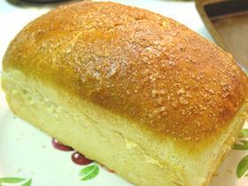 ココナッツミルクを使って!リッチな食パン