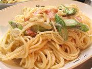 アスパラとベーコンのクリームスパゲティの写真