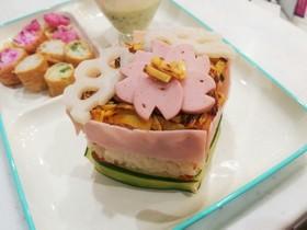 雛祭りに♪簡単菱餅風のミニ寿司ケーキ☆