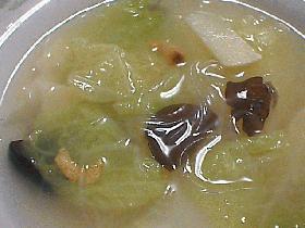 白菜と干し海老の中華スープ