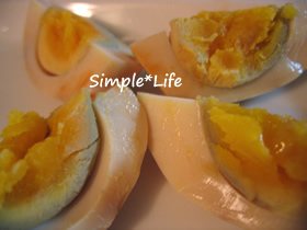 作り置き☆ピリ辛味付け卵