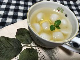 魔女手製レモンバームシロップでレモネード