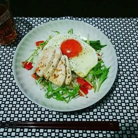 簡単カフェめし風 チキンサラダ丼