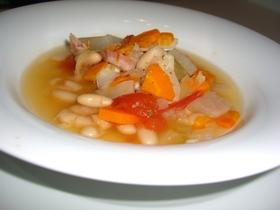 白いんげん豆の野菜スープ♪