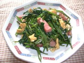 空芯菜(エンサイ)のスパム炒め